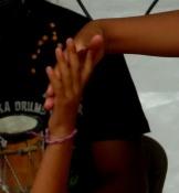 mains de danseuses