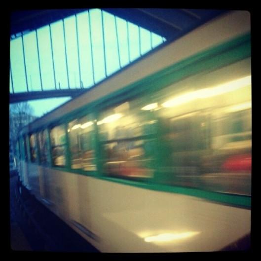 LUNDI_metro_lever_aube
