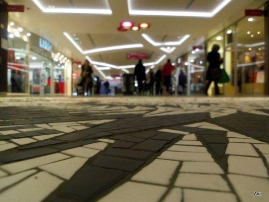 photo au ras du sol_centre commercial