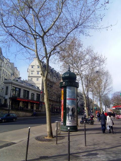 Paris streets, life