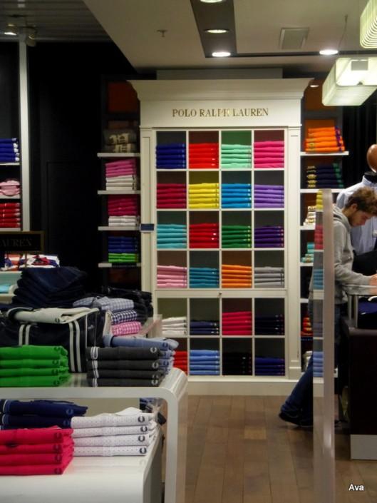 room, T-shirt, colors