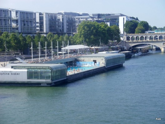 piscine en bord de Seine