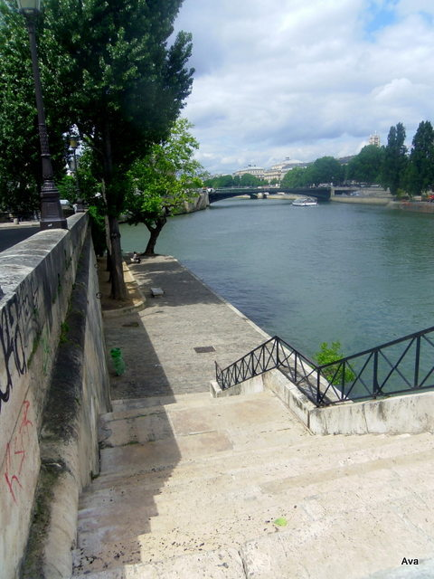 stairs, Seine, Paris