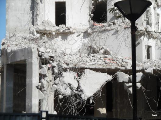 broken, building
