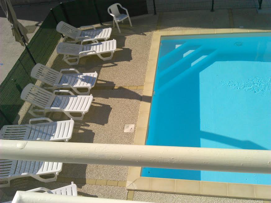 transats piscine