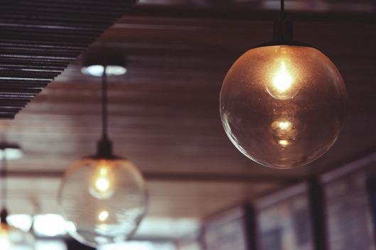 lights-925745_1920