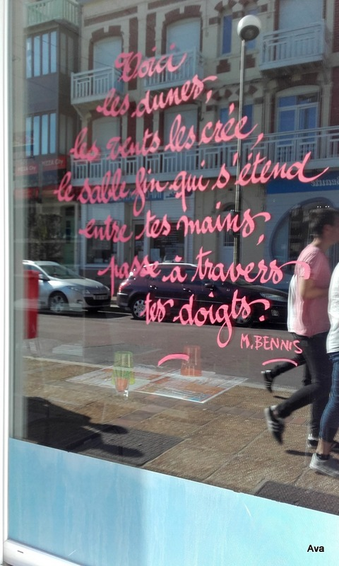 poème sur les vitrines