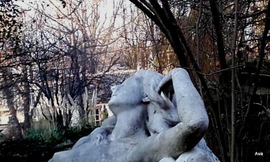 statue-terre-endormie