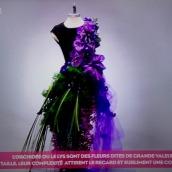 fleurs-sur-petite-robe-noire-3