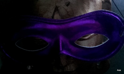 masque-mauve
