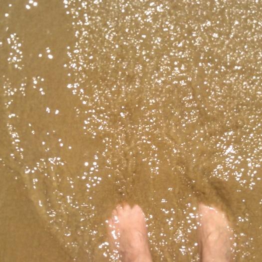 pied dans l'eau